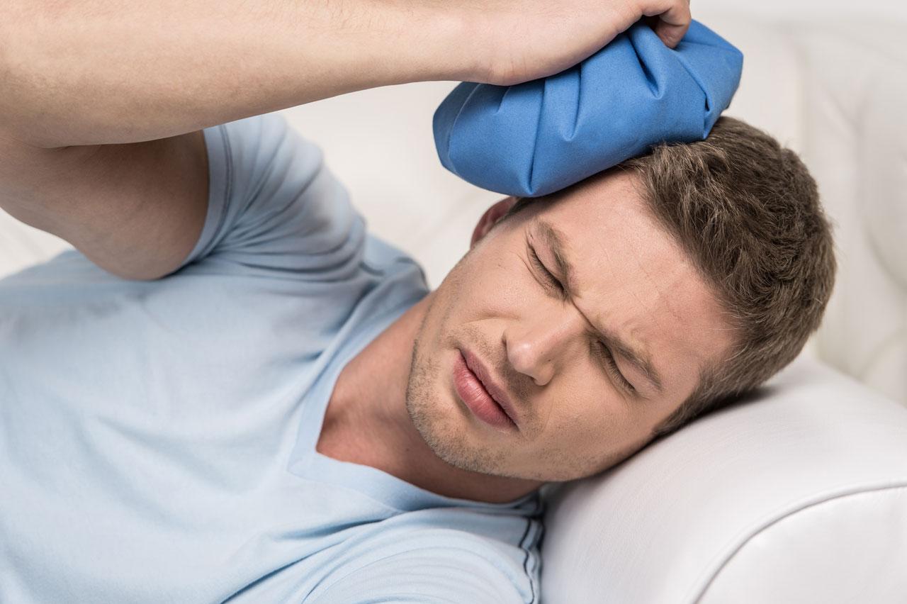 stijve nekspieren hoofdpijn